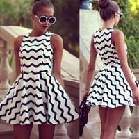 2014 New Fashion Black and White Chevron Dress Women's Dress Sleeveless Dress