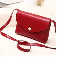 2014 Hot Sale New Fashion PU Leather Women Messenger Bags Vintage Heart Shaped Shoulder Bag Diagonal Female Clutch Change Purse