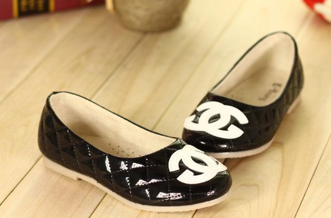 Trendy Girls Flats Famous Kids Shoes Children Comfortable Flattie Simple Design Cute Children's Footwear 14071001(China (Mainland))