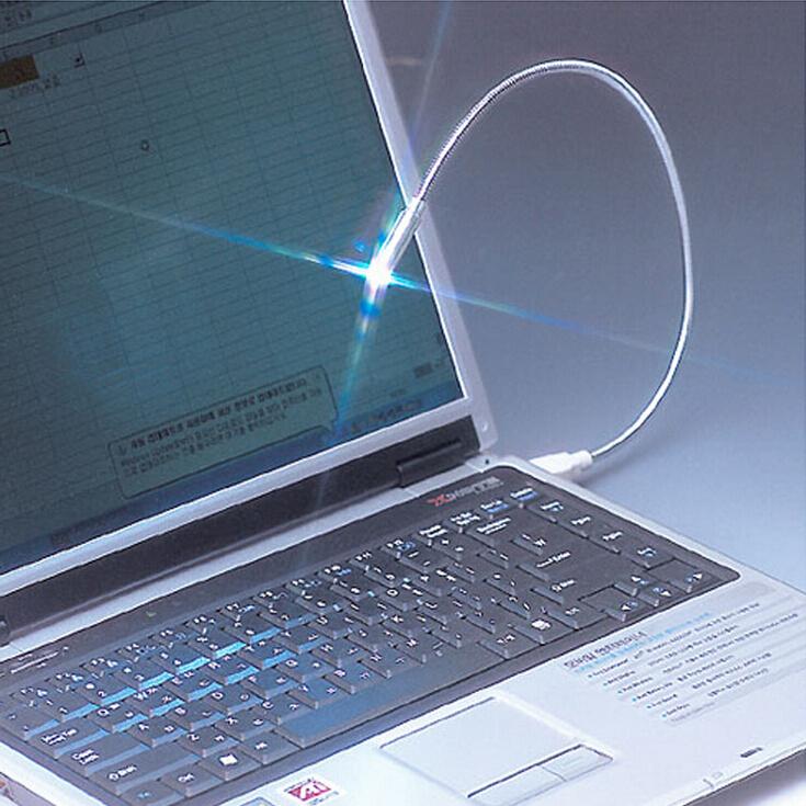 Free shipping 2014 Computer peripherals can be arbitrary distortion notebook USB lamp(China (Mainland))
