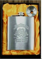 7 ounce drinkware  portable hip flask beautiful stainless steel flagon excellent packages dad's gift three styles available