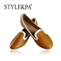 Clearance sale 2014 New brand fashion womens leather flat shoes brown red big size ladies casual shoes free shipping GD-126