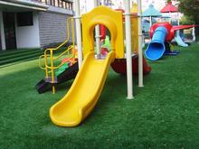 Artificial turf / nursery / shop for artificial turf / Simulation plastic turf carpet(China (Mainland))