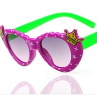2014 New Summer Fashion Girls Crown Princess Peach Sunglasses SG134