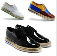 England style retro men's platform wing oxford shoes men's fashion casual PU leather brogue shoes black white