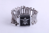 Free Shipping Black Butler metal Bracelet Anime Hand Chain Cosplay bone