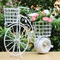 Romantic Retro Iron Art Bike Model Bracket Clock and Flower Holder Craft for Wedding Decoration, Valentine's Day and Birthday