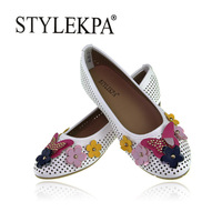 Discount 2014 new fashion hollow butterfly flower adornment shoes special white gourd beans shoes free shipping GD-385