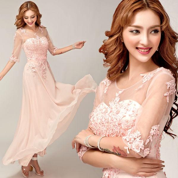 Вечерние платья с кружевом на розовом