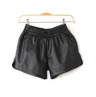 New Stylish Women Stretchy Waist Puffy Lounge Wear Mini Shorts