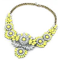 High Quality Bib Choker Necklace Fluorescence Yellow Color Crystal Gem Flower Drop For Women Statement Necklacefthxzm_10124131