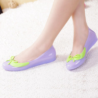 2014 summer sweet bow flat single shoes candy color block decoration open toe jelly shoes plastic rain boots4color free shipping