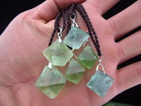 3piece/lot The original rock of natural crystal pendant Green fluorite octahedral pendant