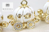 H321 MONNEL 3 pcs Cute White Pumpkin Carriage Pendant Charm