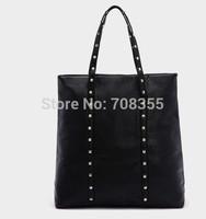 Rivet one shoulder handbag shopping bag 0.498kg