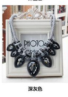 Free shipping New Dark grey necklace women sweater chain Jewellry Hot Wholesales Flower Pendant Choker necklace