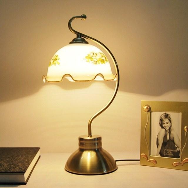 fashion vintage table lamp bedroom bedside lamp fashion. Black Bedroom Furniture Sets. Home Design Ideas