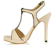 New simple and elegant off-white high-heeled sandals wild
