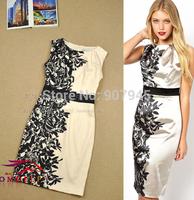 Elegant Black Pensae PRINTED DUCHESS Dress with Floral