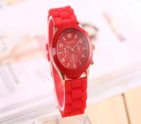 100pcs/lot Casual Watch Geneva Wristwatches Man Women Quartz Watch Women Dress Watch Women's Fashion Watches Round Analog Clock