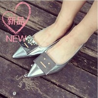 2014 Summer new style silver cusp flat single mouth smiling face side buckle shallow women flat shoes tx137