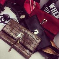 Women Clutch Vintage classic stone pattern day clutches Crocodile handbag  tassel ladies small shoulder bags Messenger bag