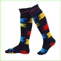 SKKO2 Men's Warm winter skiing socks knee-length ski socks men skiing sport long socks thick warm skiing socks free shipping