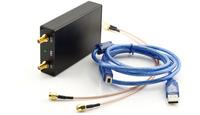 1KHz USB SMA signal source,signal generator,simple spectrum analyzer 138M--4.4G
