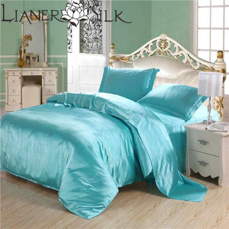 Luxo Blue Sky Silk Bed Set 70% Seda Satin Quilt Capa colchas e edredons rei / rainha / Full / Duplo SizeFreeShipping(China (Mainland))