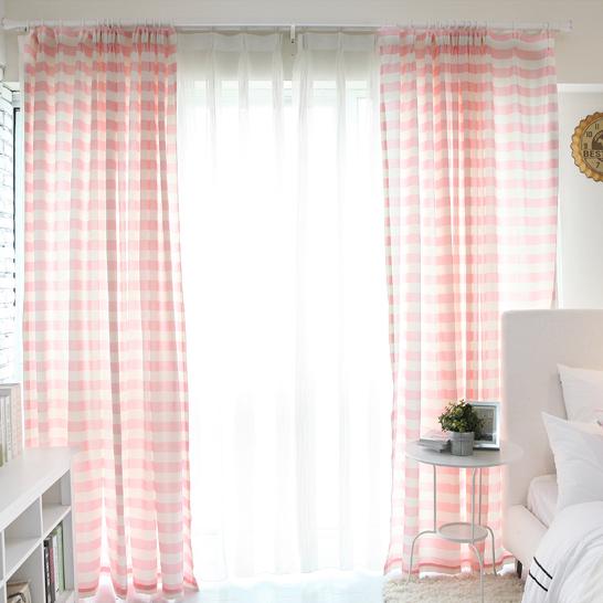 schlafzimmer gardinen modern verschiedene. Black Bedroom Furniture Sets. Home Design Ideas
