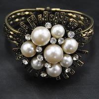 Wholesale Bangle jewelry New Design Bangle Unique Items Pearl Gothic Fashion Exaggerate Flower Women Bangles Indian Bracelet