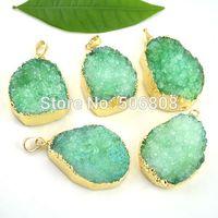 10pcs Nature Quartz Druzy stone Pendant in green color,  Crystal Drusy Gem stone Necklace Pendant Charms