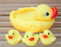 New Set of 4pcs Cute Baby Girl Boy Bath Bathing Classic Toys Rubber Race Ducks Toys Baby Children Swiming Bath Water Toys