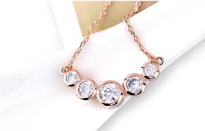 Free Shipping! Noble elegance of luxury large zircon studded necklace AAA zircon(China (Mainland))