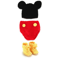 Studio photos of clothes, one hundred days Mickey hat + shorts style, suit wool knitted baby infant child