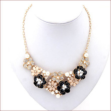 Free Shipping 2014 Fashion Jewlery Lab Diamond Colored Pearl Flower Necklaces & Pendants Collar Jewelry Women High Quality N4801
