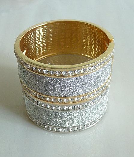 wholesale 925 sterling Silver Dreamlike Bangle Bracelet,Free&S 925 jewelry,Retro fashion Bracelet B0141(China (Mainland))