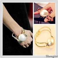 2014 Fashion Street Big Pearl Bangles Gold Brand Bracelets bangles women Beads Cuff Bracelets Top quality jewelry