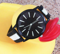 2015 hotest geneva silicone watch