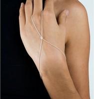 Personality Fashion Bracelet Bangle Slave Chain Link Hand Harness Finger   hand Chain