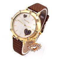 2014 Fashion Wristwatches Women Rhinestone Watches PU Band Quartz Watch Heart Pendant Alloy Analog New Hot Promotion