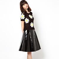 Free shippingThe new stereoscopic 3D daisies around 2014 close knit cuffs hem knitted sweaters T women clothesdress
