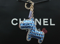 2014 Free shipping boutique cartoon animal key chain Color paste drill car/bags hang tide necessary goods