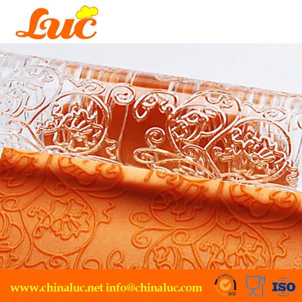 2.5*32.5cm Elegant Vine and Flower Textured Cake Decoratvie Acrylic Large Embossing Fondant Rolling Pins(China (Mainland))