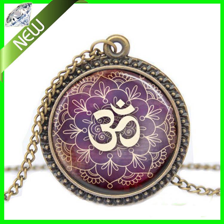 1Pcs New Lotus Om Yoga Jewelry India Necklace Om Symbol Buddhism Zen Meditation Mandala Art Pendant