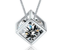 CAN041 Luxury Brand Austria Statement Crystal Cube Pendant Necklace for Women New 2014 Fashion Jewelry Free Shipping