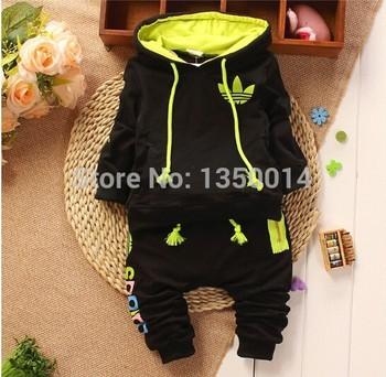 Новое поступление ребенка костюм 2014 осень спорт девушки парни дети подходит бренд хлопка с капюшоном свитер + брюки костюмы новорожденных одежда
