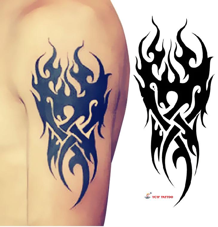Татуировка на руке для мужчин огонь