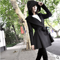The new 2014 Women's hooded pleating long windbreaker European and American wind handsome coat coat of cultivate one's morality