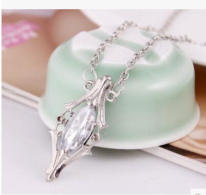 Chegada nova The Hobbit Galadriel ampola de cristal pingentes colar charme vintage europeia moda jóias de alta qualidade 2014 nova(China (Mainland))